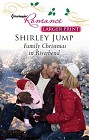Family Christmas in Riverbend  (large print)